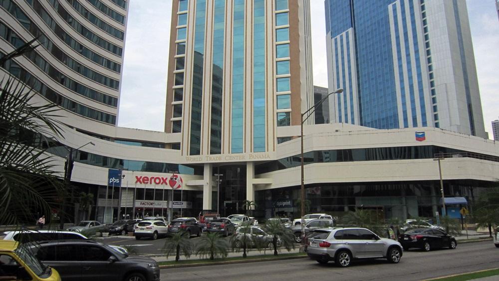 """Die Deutsche Botschaft in Panama befindet sich im """"World Trade Center""""."""
