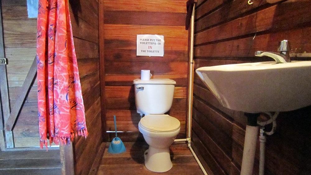 tio-toms-toilet