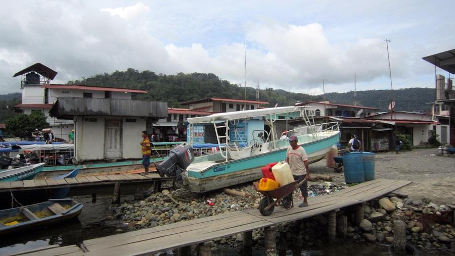 Fracht und Versorgungsgüter für die abgelegene Region