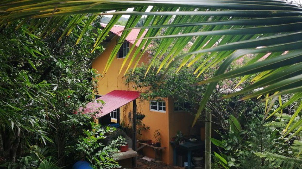 Frühlingsklima: Haus mit Grundstück im Hochland der Coclé-Provinz
